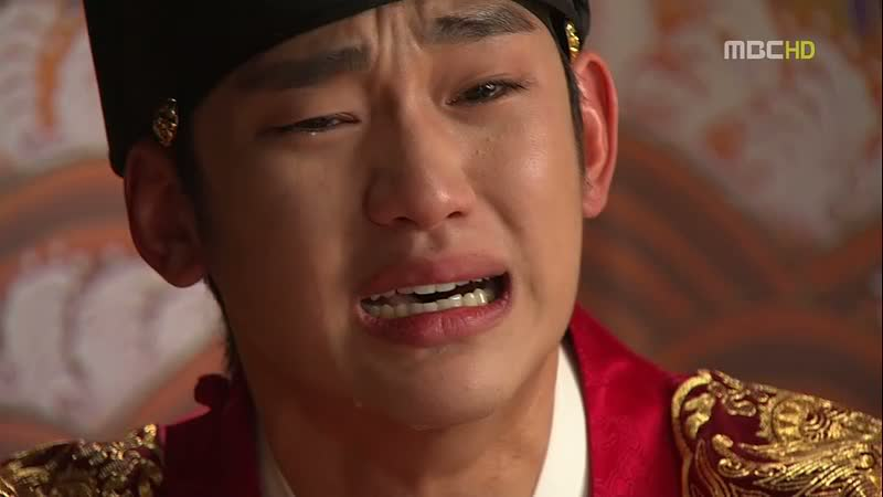 Review: The Moon that Embraces the Sun | The Fangirl Verdict