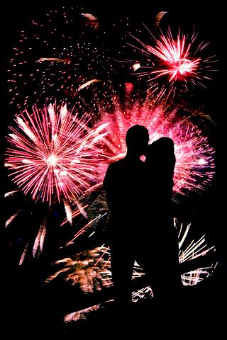Fireworks-kiss