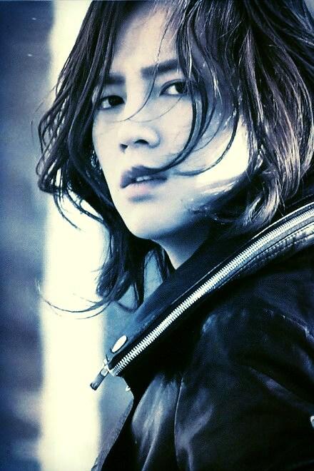 Min-Jae-blue